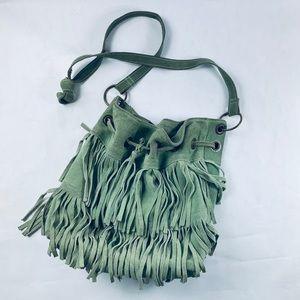 Fringe in green leather bag